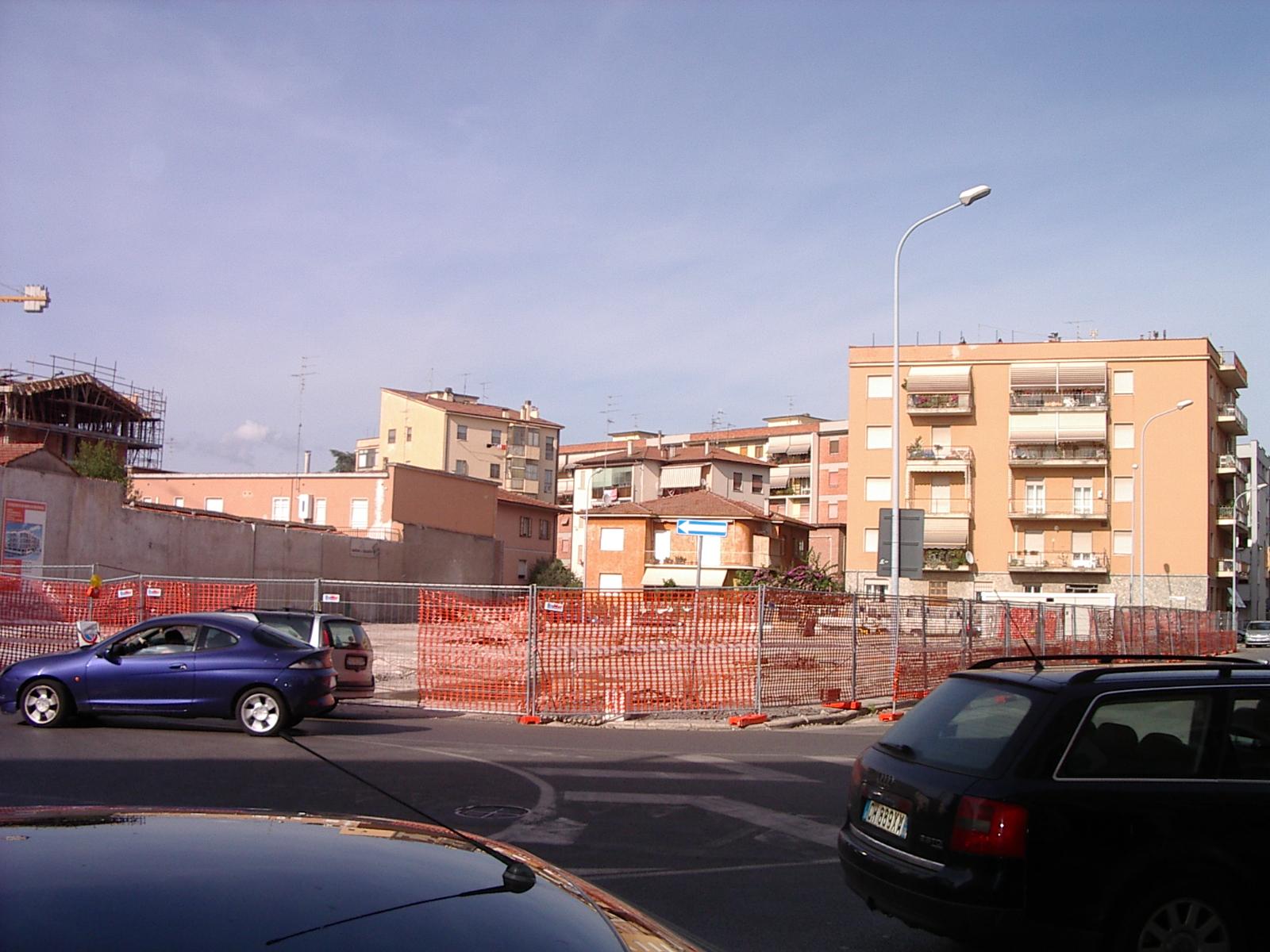 Intervento di sostituzione edilizia in quartiere centro a for Piani dell edificio per la colazione